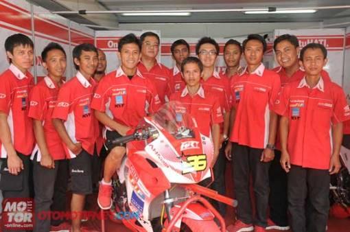 Denny Triyugo dan Tim Astra Racing Team, Sukses Kalahkan Ninja