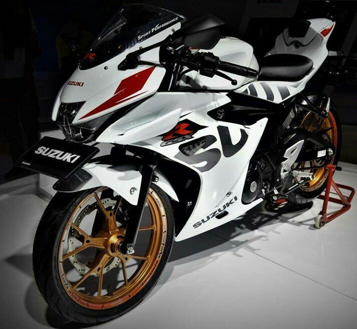 suzuki gsx r150 top speed hingga rencana gsx r125. Black Bedroom Furniture Sets. Home Design Ideas